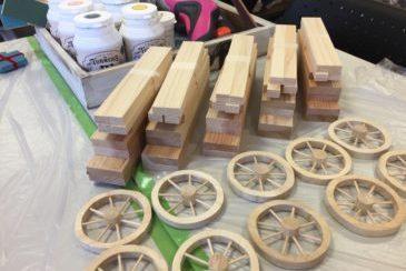 ミニチュア木製ワゴン